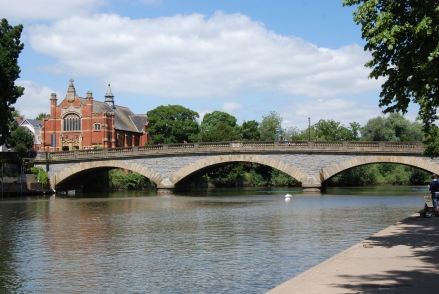 The glorious old bridge at Evesham